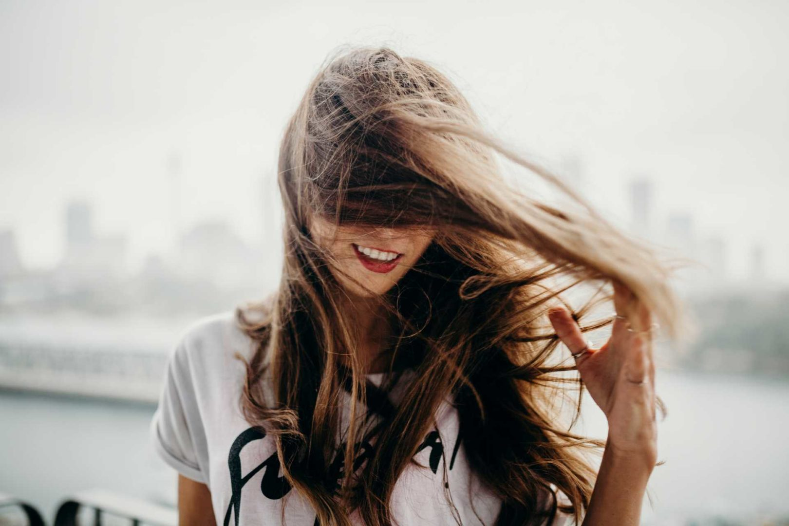 Tørr hodebunn eller tørt hår. Foto