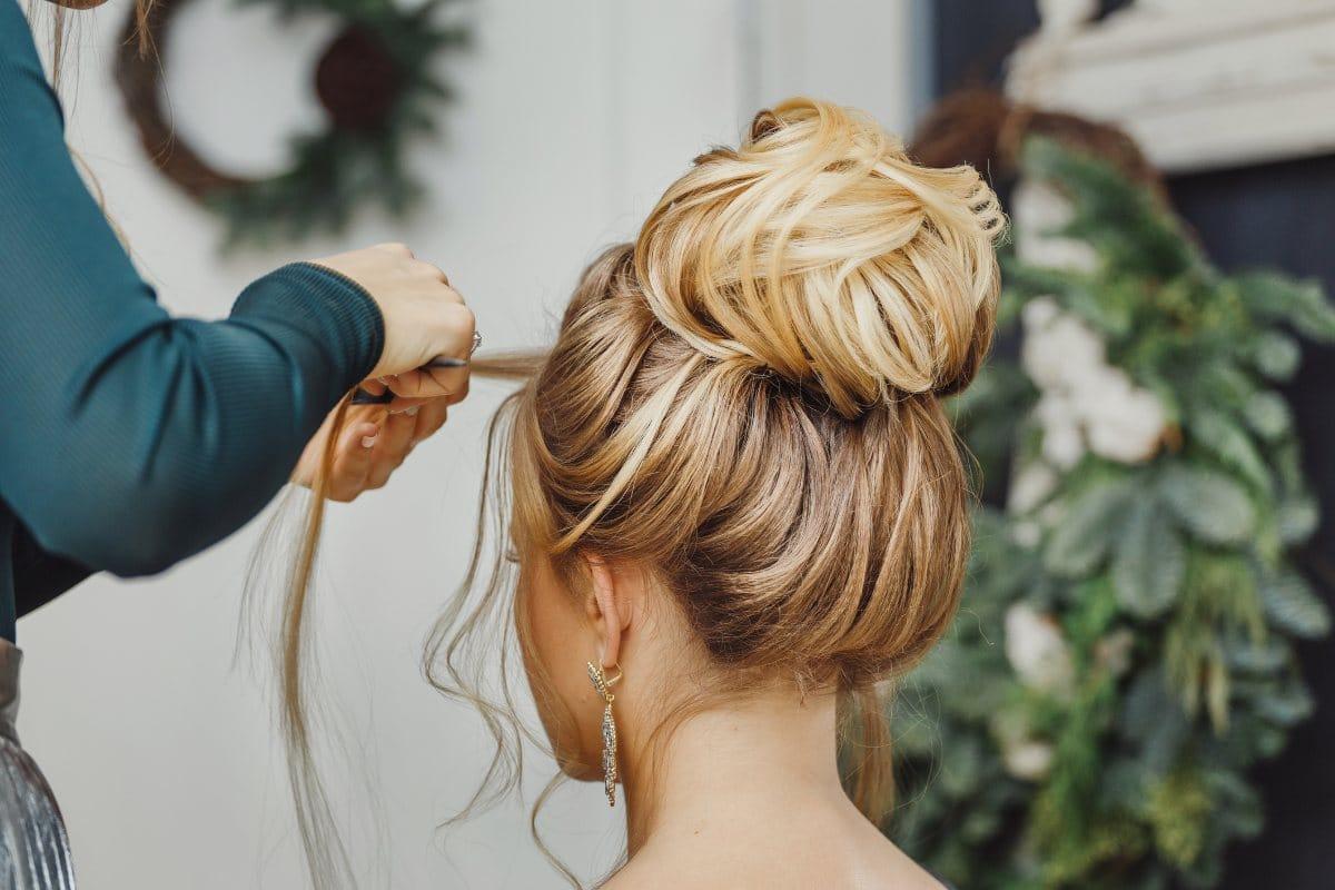 Brudefrisyre frisyretips til bryllup